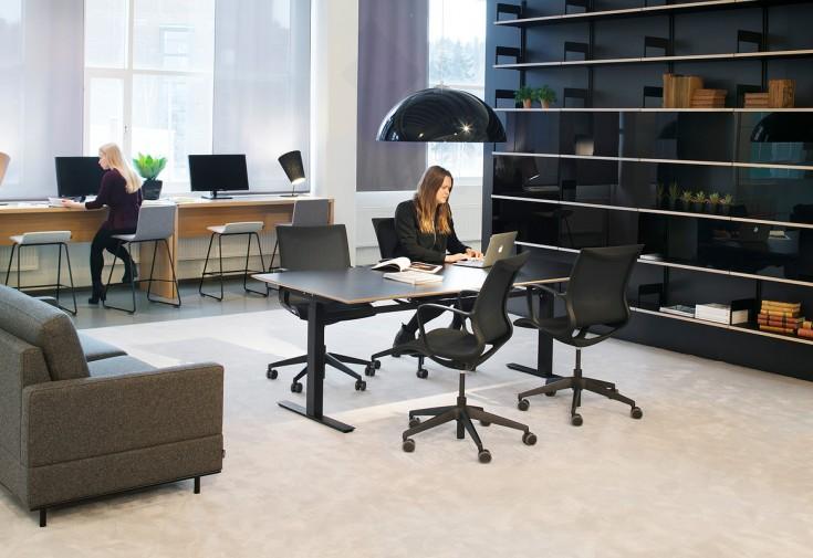 Inkoo_pro_Matrix_T_EL_Still_Meeting_141216_02_Office__1200x1200_